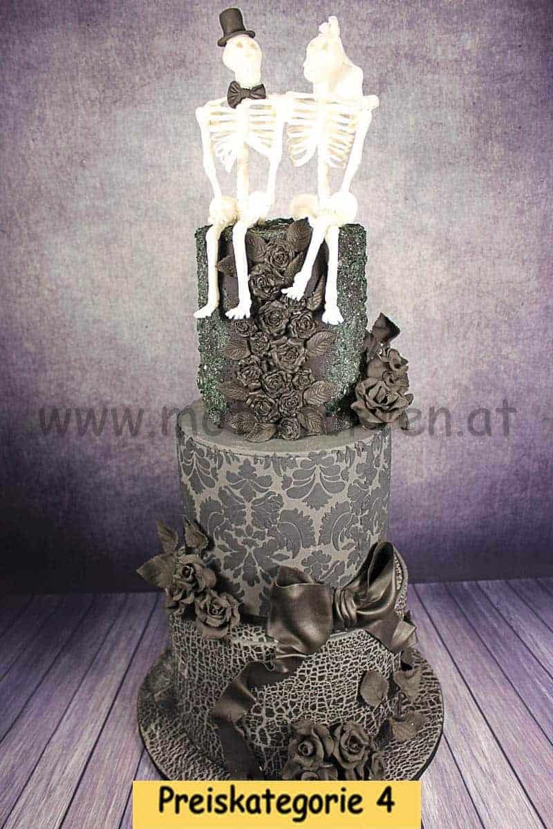 gothic-wedding-cake-2019-12-17